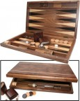 DELOS Backgammon form walnut with magnetic catch