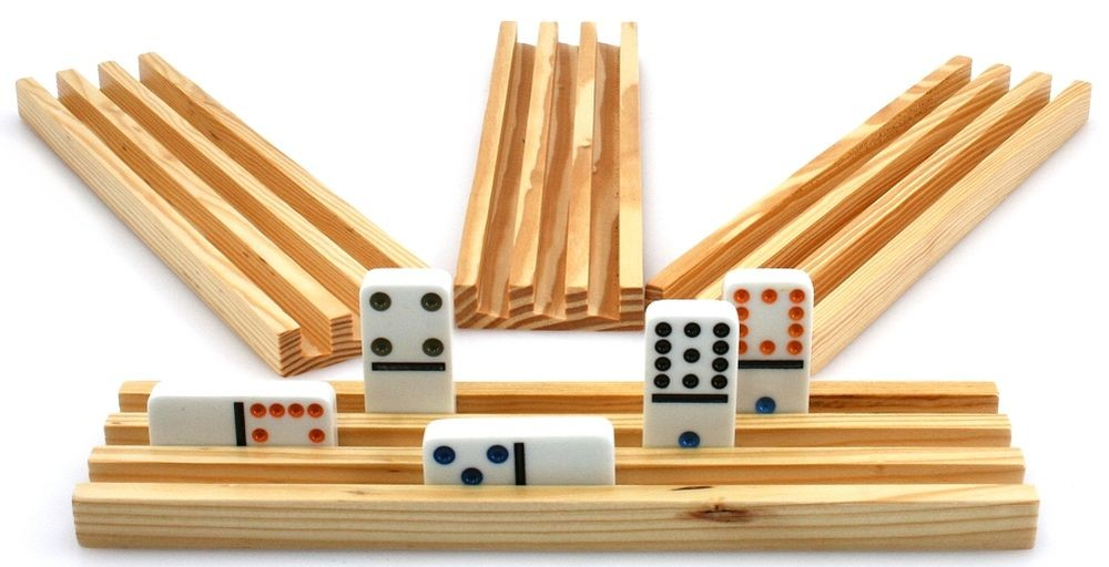 Domino rails 4 pieces from solid wood classic games tactic strategygames domino for Piece de theatre domino