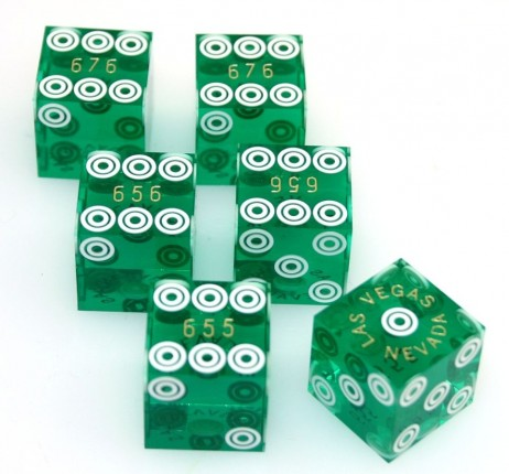 Casino - Precisondice green, set of 3 pair (6 pieces) with same serial number
